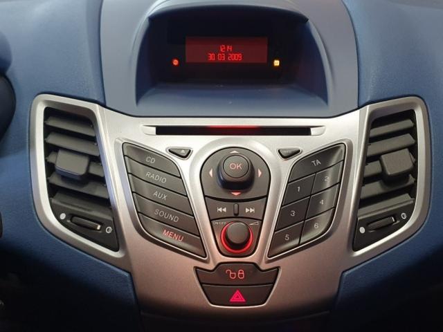 Ford Fiesta 1.25 TREND 5 deurs Airco 94dkm Nieuwe Distrubutieriem