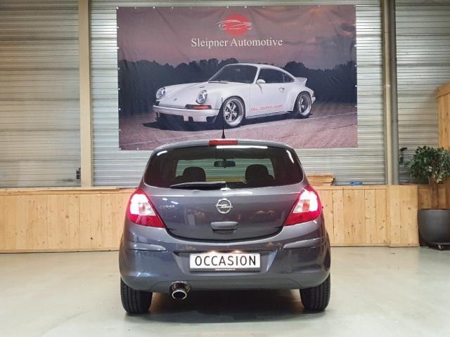 Opel Corsa 1.4-16V 87 pk 5 deurs airco
