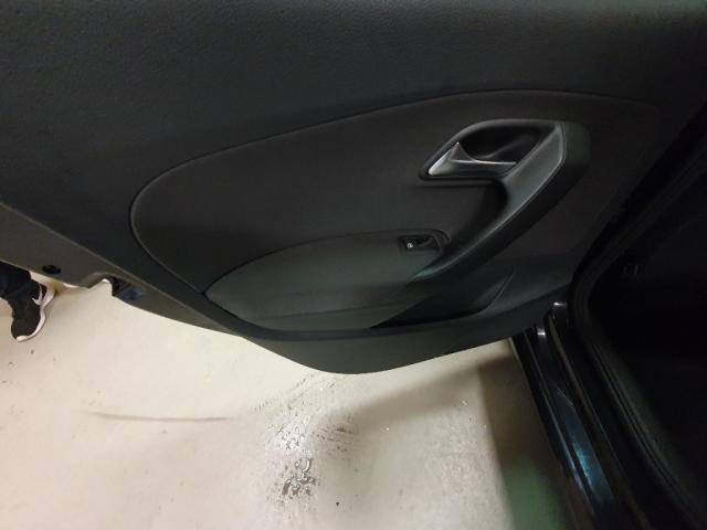 Volkswagen Polo 1.2 TSI COMFORTLINE 105 PK 5 drs airco 16'LMV