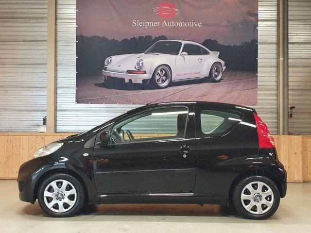 Peugeot 107 1.0-12V URBAN MOVE Airco Nieuwe APK