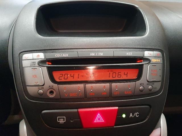 Peugeot 107 1.0 URBAN MOVE 3drs Airco dealer onderhouden