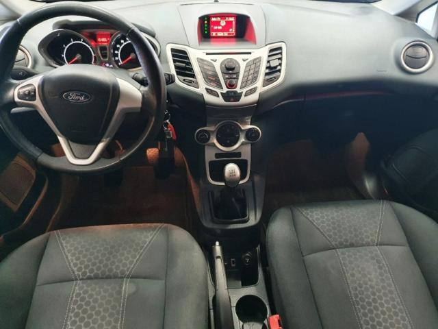Ford Fiesta 1.25 TITANIUM 5 drs Arko nieuwe distrubutieriem!